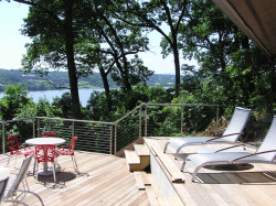 modern-deck-view-hudson