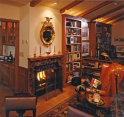 rich-warm-sitting-area