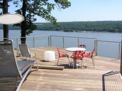 sun-bathing-view-hudson-river